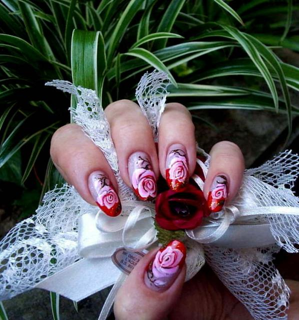 Red Rose Nail Tip