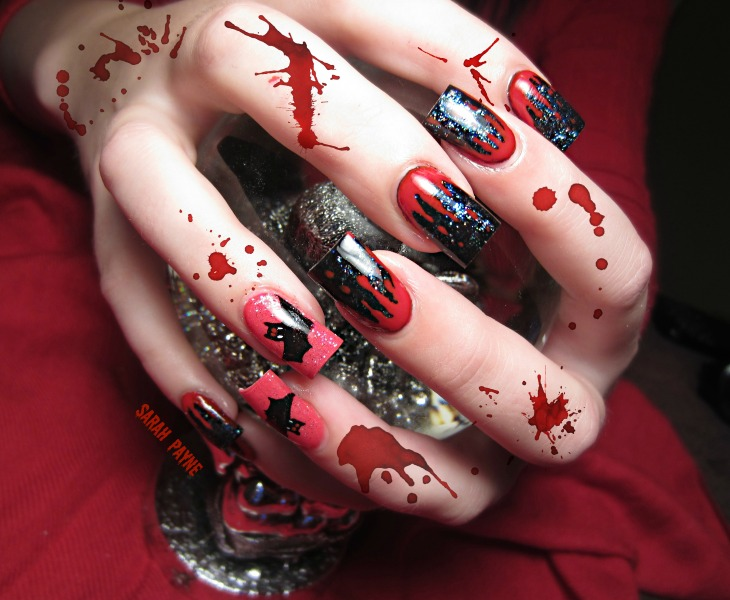 bloody nail art halloween