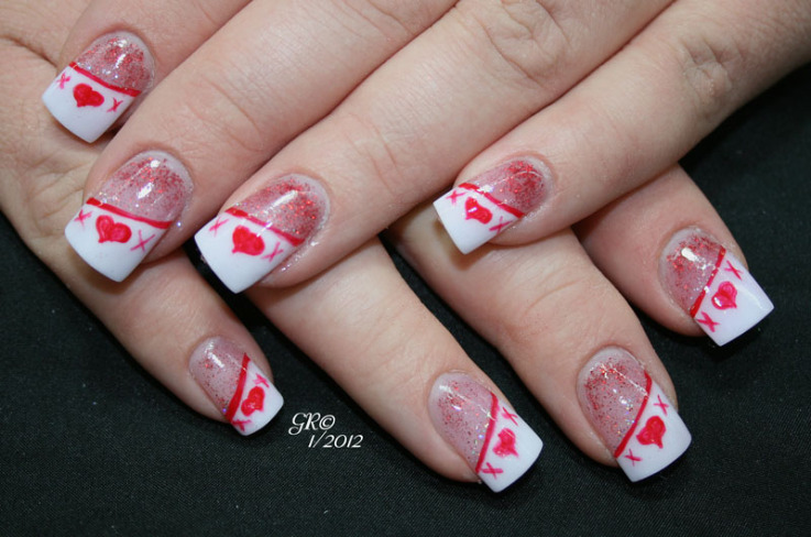 Nail art hugs kisses