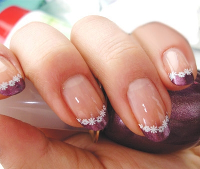 Ring of Flowers Nail Art For Manicure