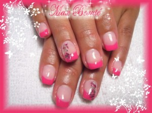 Fuchsia Color Nail Art