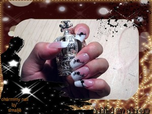 Nail Design – Black Flowers
