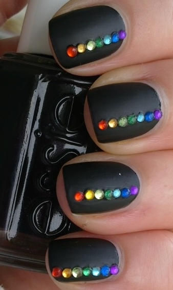 Black Nails with Gems