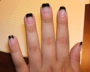 Cool Tips on Maintaining Beautiful Black Nails