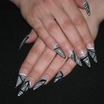 Black and White Pyramid Nail Art