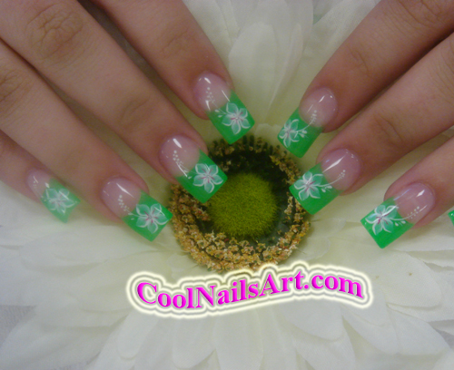 Cool White Flower Nail Design