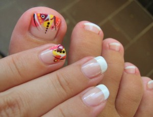 Beautiful Pedicure Design From Mousy
