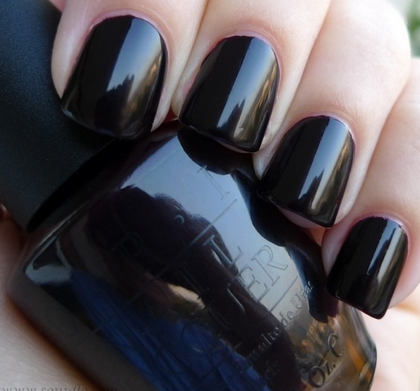Black polish nails nail art design from coolnailsart