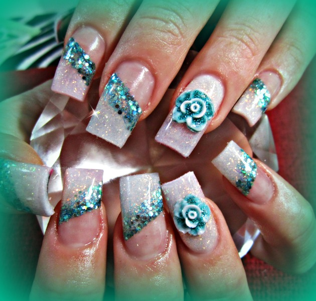 3d-flower-lacing-nail-art
