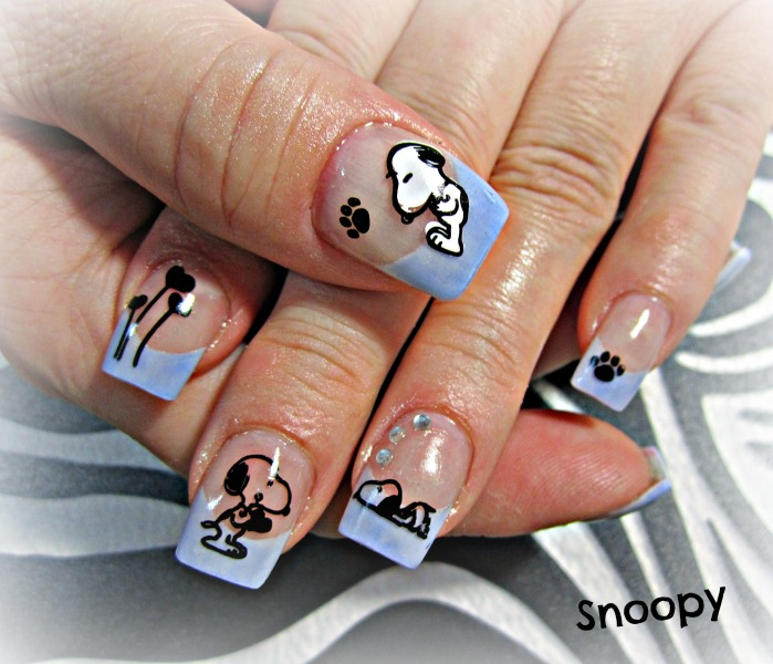 snoopy-dog-nail-art