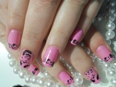 Airbrush decal NAIL art