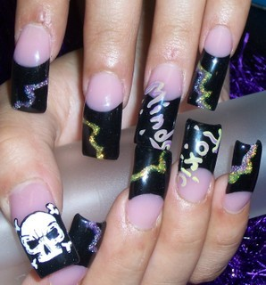 Bad ass skull nail art