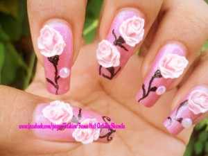 Real looking rose nail art design