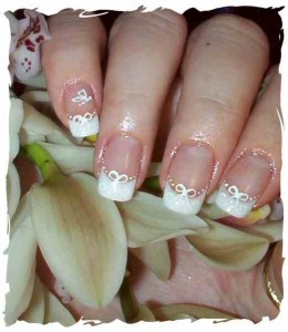Cute wedding theme lacing nail art
