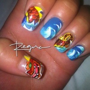 Dragon drawing on nail Art