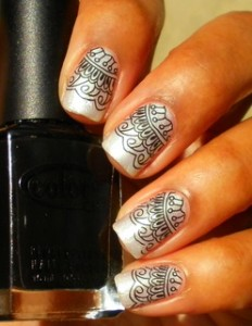 Tribal Stamping Manicure Pattern