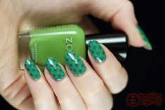 Green Polka dots Nail Design