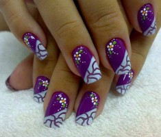 Purple Cracked nail Art